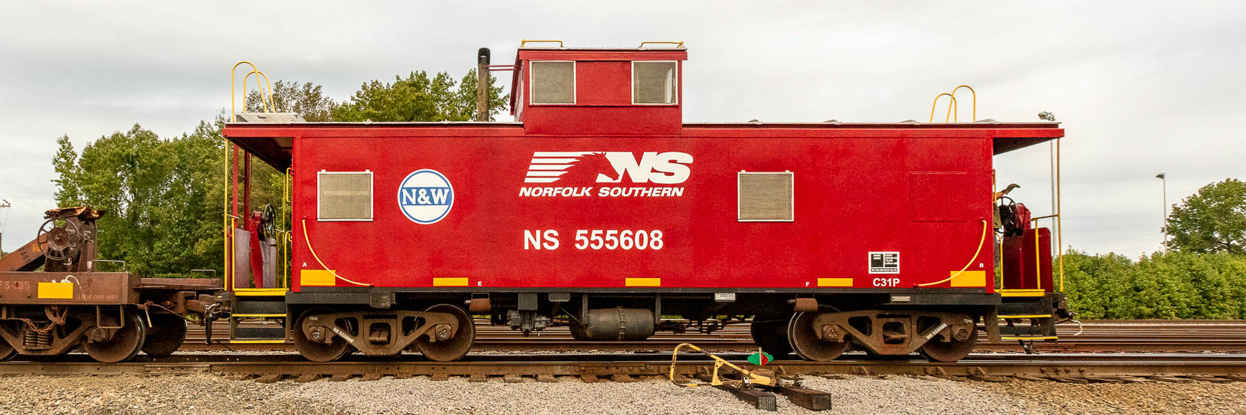 NS 555608 CABOOSE