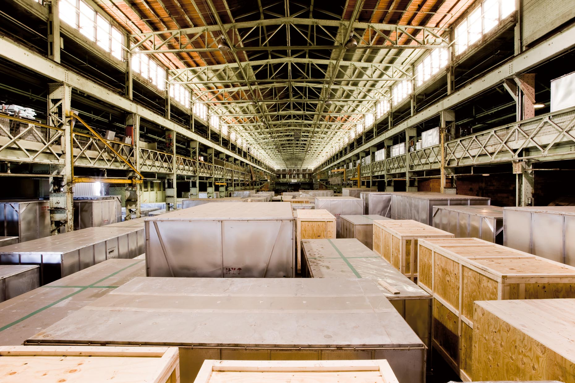 p60,p61_WAREHOUSE.jpg